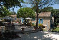 Guesthouse accommodation – Grignan – Provençal Drome: Parfum Bleu